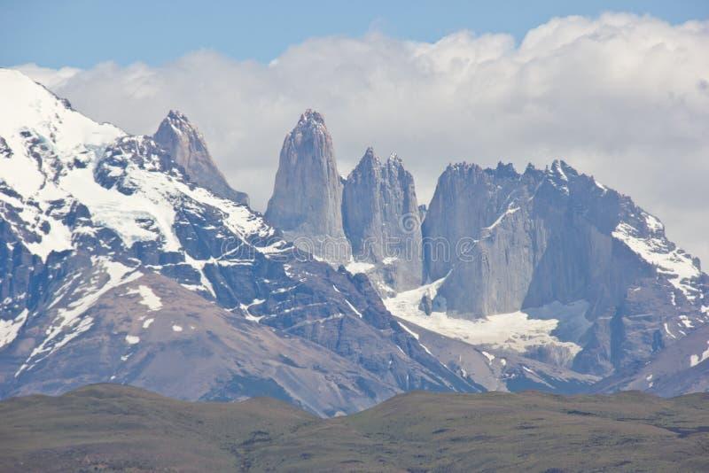 Spitzen von Torres Del Paine in Nationalpark Chiles lizenzfreies stockfoto