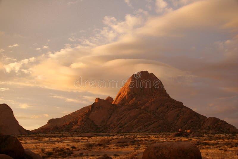 Spitzkoppe al tramonto fotografie stock libere da diritti