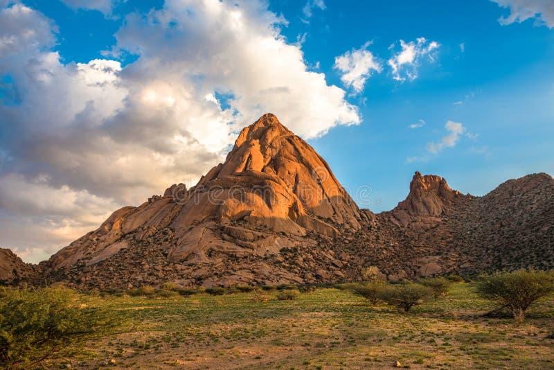 Spitzkoppe, formation de roche unique dans Damaraland, Namibie image stock