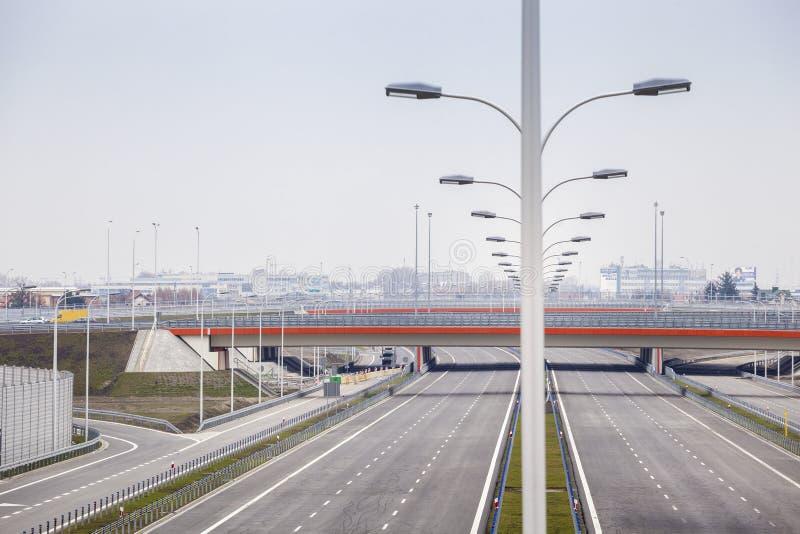 Splitterny bred motorway royaltyfri fotografi