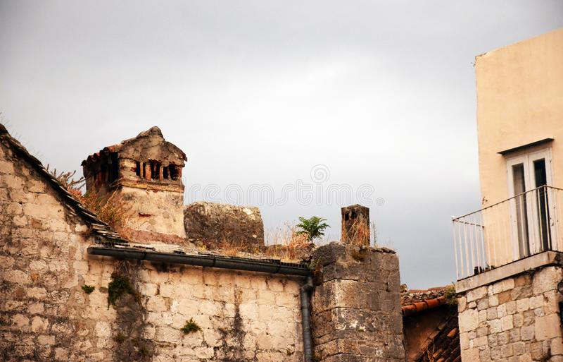 Splittring Kroatien - gammal stad arkivfoton