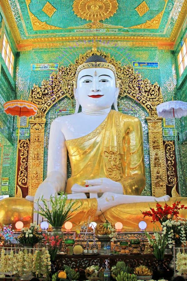 Spoedig Oo Ponya Shin Pagoda Buddha Image, Sagaing, Myanmar royalty-vrije stock afbeelding
