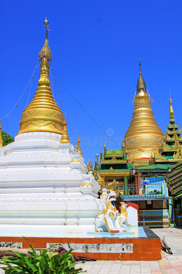 Spoedig Oo Ponya Shin Pagoda, Sagaing, Myanmar royalty-vrije stock afbeeldingen