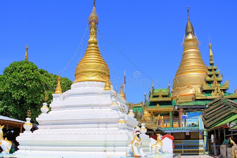 Spoedig Oo Ponya Shin Pagoda, Sagaing, Myanmar royalty-vrije stock fotografie
