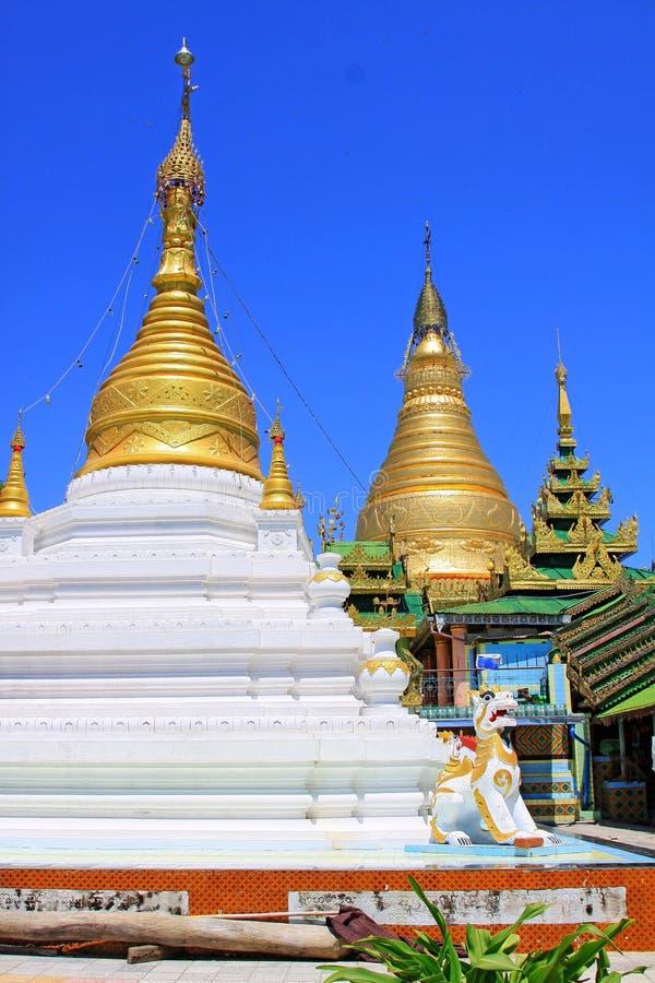 Spoedig Oo Ponya Shin Pagoda, Sagaing, Myanmar stock foto's