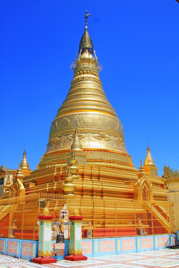 Spoedig Oo Ponya Shin Pagoda, Sagaing, Myanmar stock afbeelding