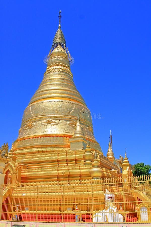 Spoedig Oo Ponya Shin Pagoda, Sagaing, Myanmar royalty-vrije stock foto
