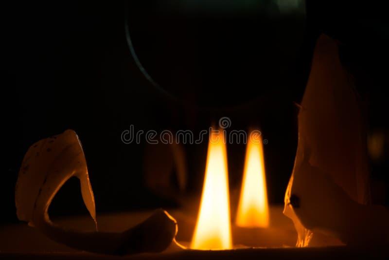 Spokój płomień świeczka, nawet zdjęcia stock
