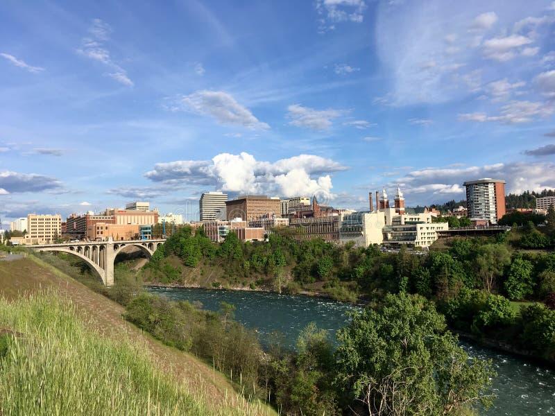 Spokane och flod från Kendall Yards arkivbilder