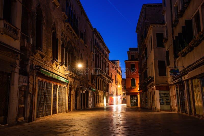 Spokojna ulica w Wenecja, Włochy zdjęcie royalty free