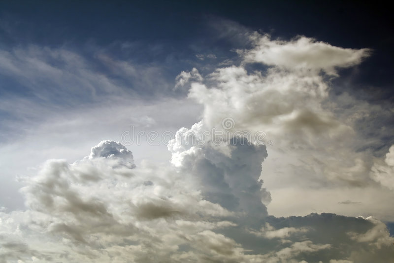 spokojnie chmura krajobrazu fotografia stock
