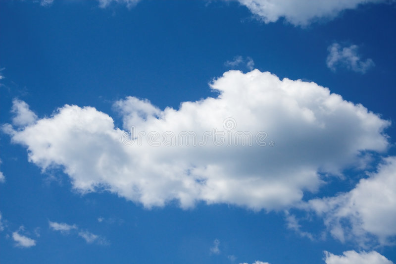spokojnie chmury zdjęcie royalty free