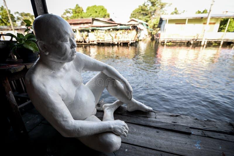 Spokojny biały człowiek obrazy stock