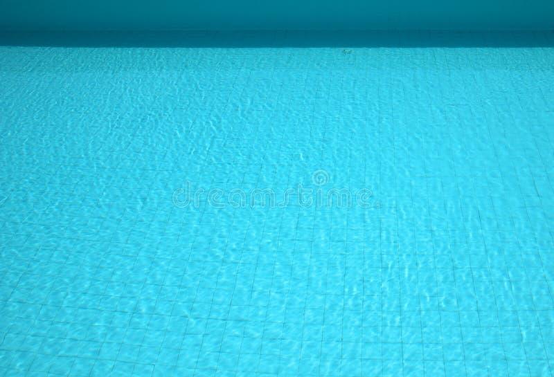 Spokojny pływackiego basenu tło zdjęcie royalty free