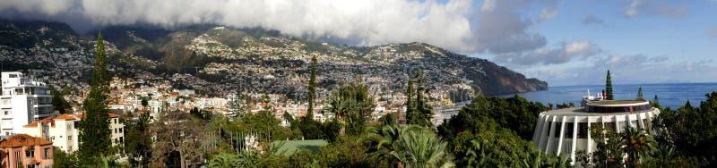 Spokojny teren sklepy i bary w mieście Funchal madera obrazy stock
