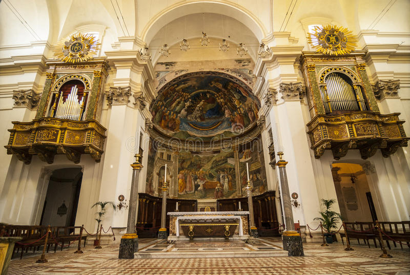 Spoleto - inre av domkyrkan royaltyfria foton