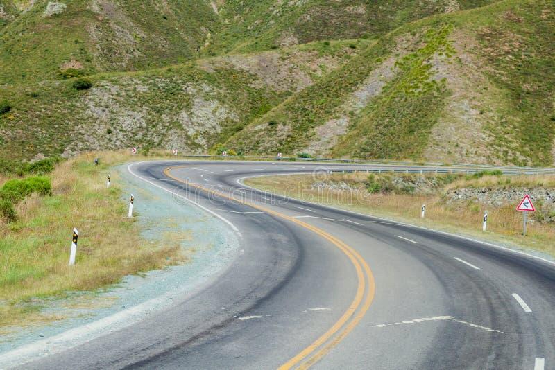 Spolningsväg i den Quebrada de Humahuaca dalen, Argenti arkivbild