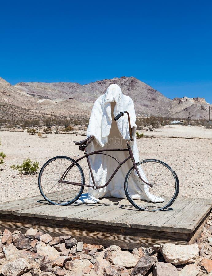 Spook in de woestijn stock foto's