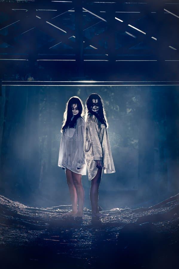Spookmeisjes royalty-vrije stock afbeeldingen