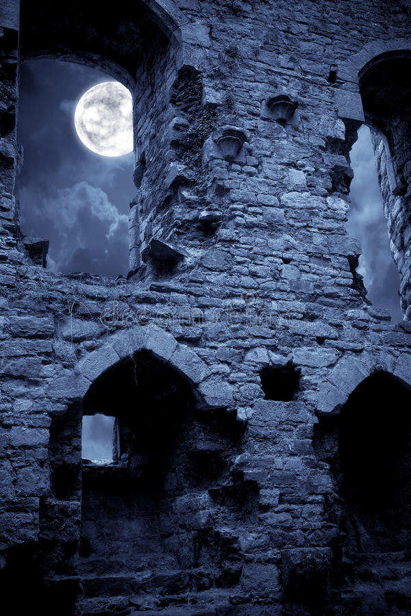 Free Spooky Castle Stock Photography - 15591822