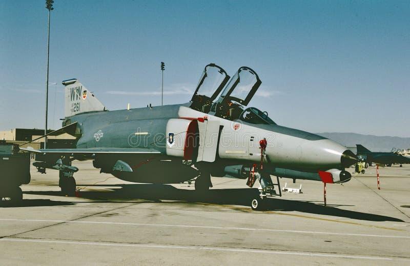 Spoor 69-0261 van de USAF McDonnell F-4E klaar voor een andere opdracht Genomen in juli 1991 royalty-vrije stock foto's