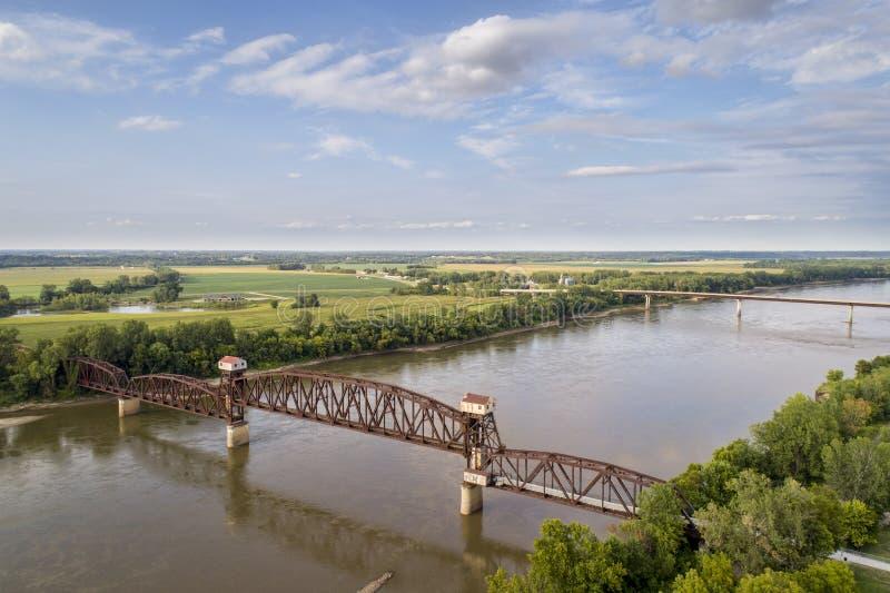 Spoorweg Katy Bridge in Boonville over de Rivier van Missouri stock afbeelding
