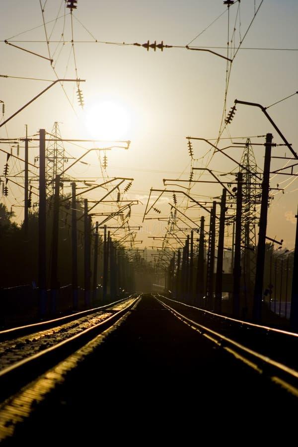 Spoorweg op zonsondergang 1 stock afbeeldingen