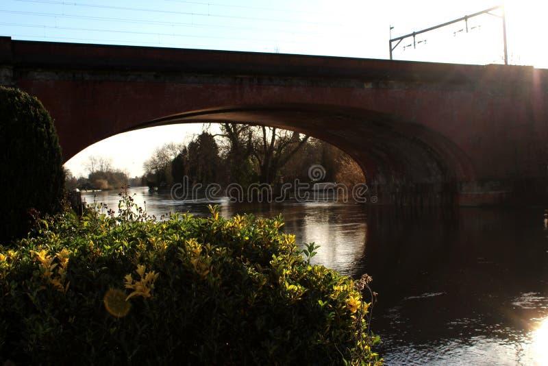 Spoorwegbrug in Maagdenvlies royalty-vrije stock fotografie