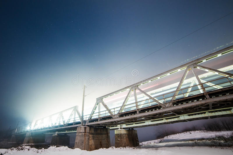 Spoorwegbrug in Roemenië stock fotografie