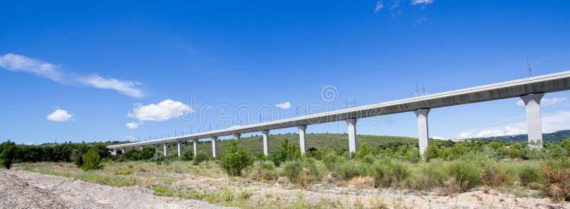 Spoorwegbrug voor TGV in Frankrijk royalty-vrije stock afbeeldingen