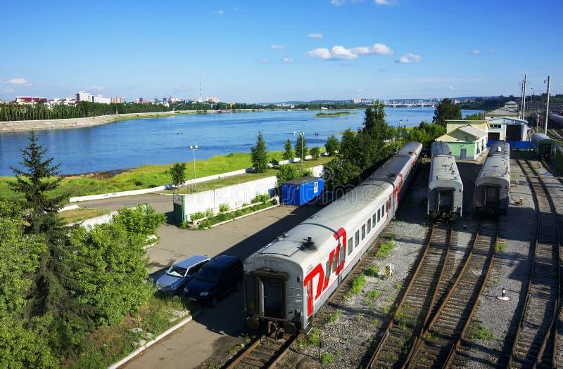 Spoorwegen treinen in Irkoetsk, oostelijk Siberië, Russische Federatie royalty-vrije stock afbeelding
