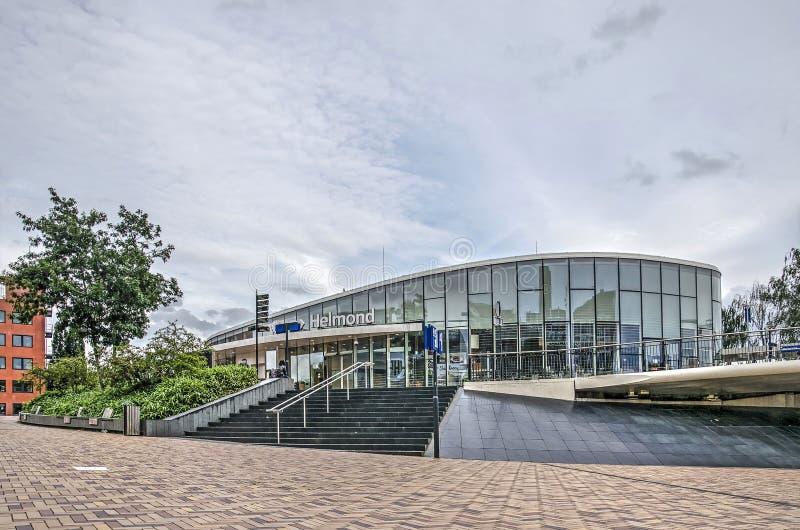 Spoorwegstation en brug van Helmond royalty-vrije stock afbeeldingen