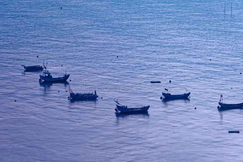 Sporadycznie łódź rybacka - Xiapu sceneria obrazy royalty free