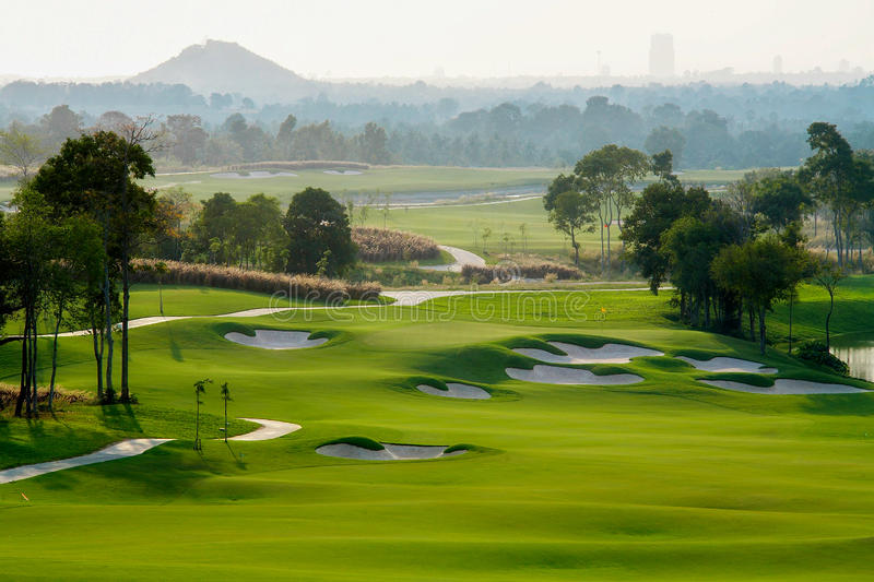Sport de terrain de golf images stock