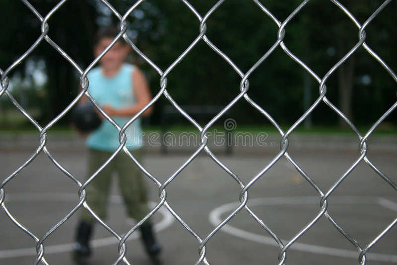 Sport-Draht-Filetarbeits-Zaun lizenzfreie stockfotos
