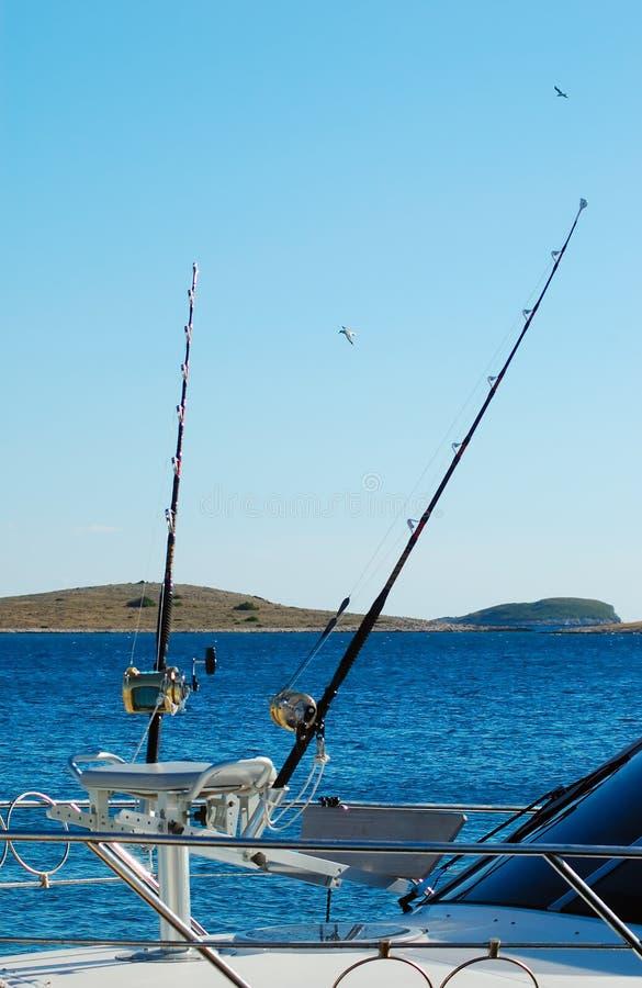 Sport-Fischerboot für Spielfischen stockfotos