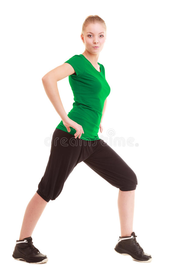 sport Flexibles Eignungsmädchen, das Übung ausdehnend tut stockbild
