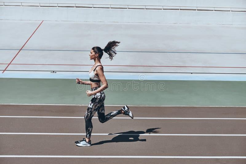 Sport jest sposobem jego życie zdjęcie royalty free