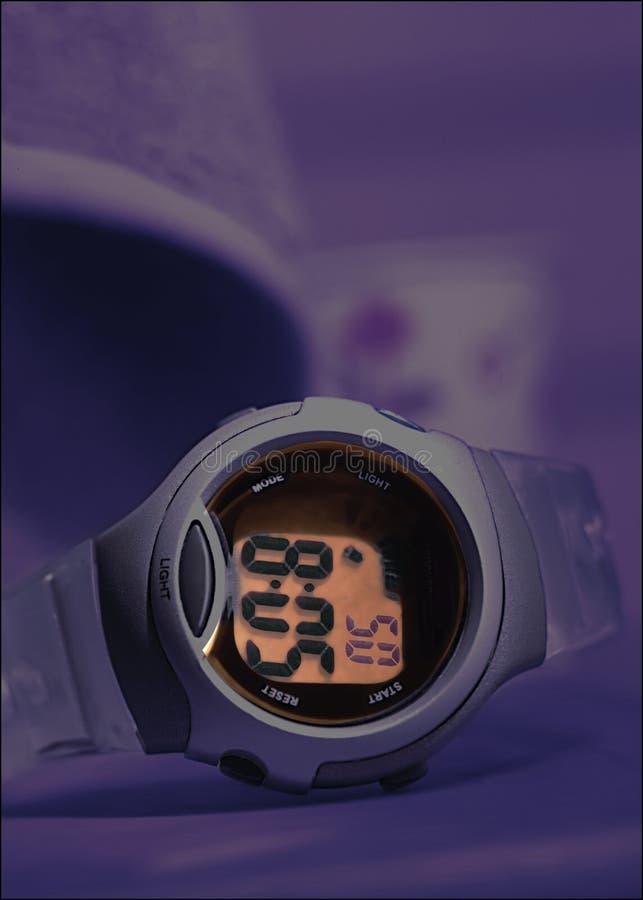 Sport-orologio-notte-tempo-blu fotografia stock