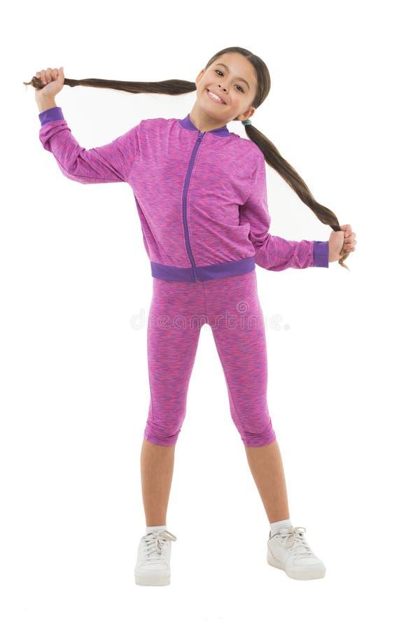 Sport pour des filles Conseils sur établir avec de longs cheveux Affaire avec de longs cheveux tout en s'exerçant Élaboration ave photographie stock