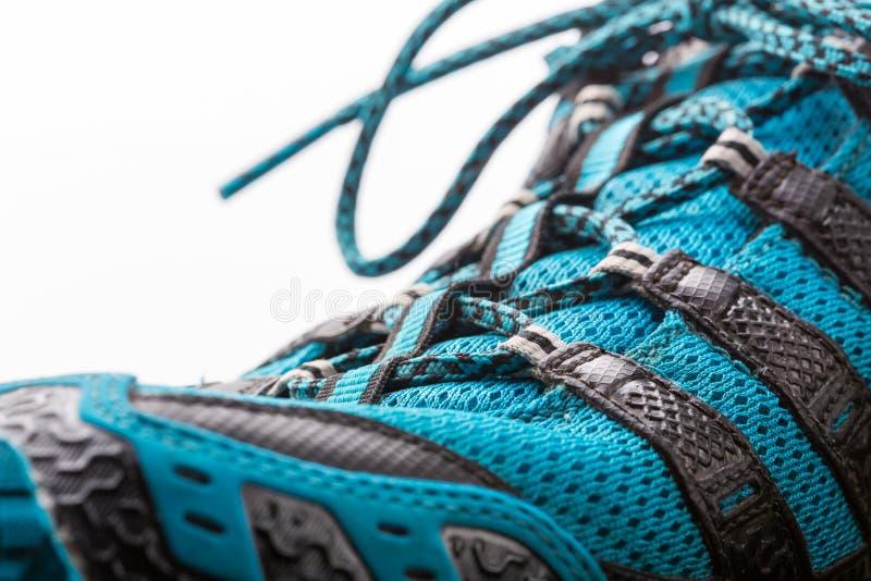 Sport-Schuh getrennt lizenzfreies stockfoto