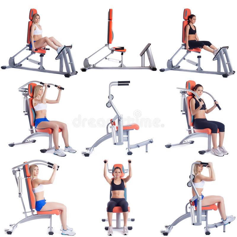 sport Set śliczne dziewczyny ćwiczy na symulantach zdjęcia stock
