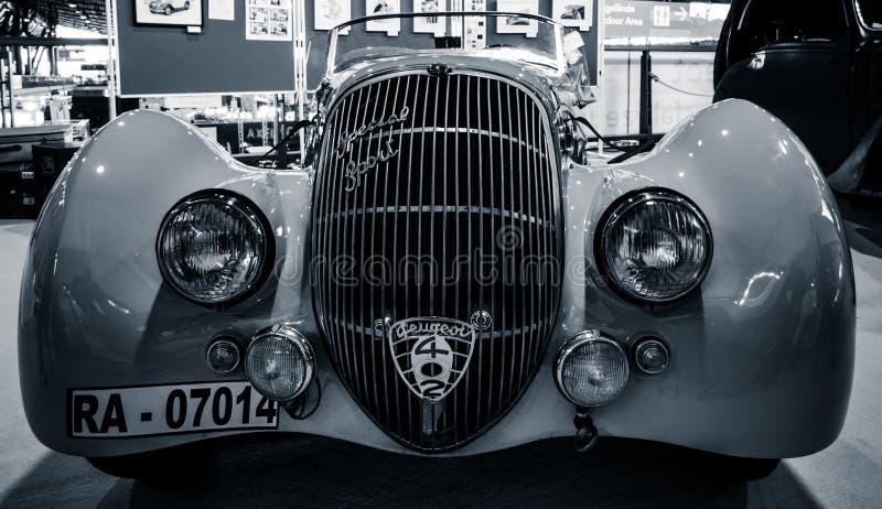Sport spécial Roadster, 1937 de tapis de ` de Peugeot 402 Darl de voiture de sport image libre de droits