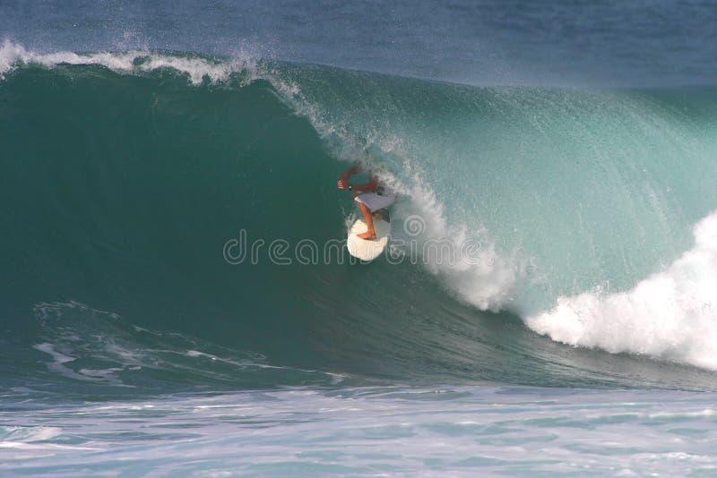 Sport-Surfer-Surfen stockfotografie