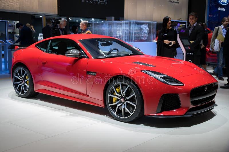 Sportbil för Jaguar F-typ SVR kupé arkivbilder