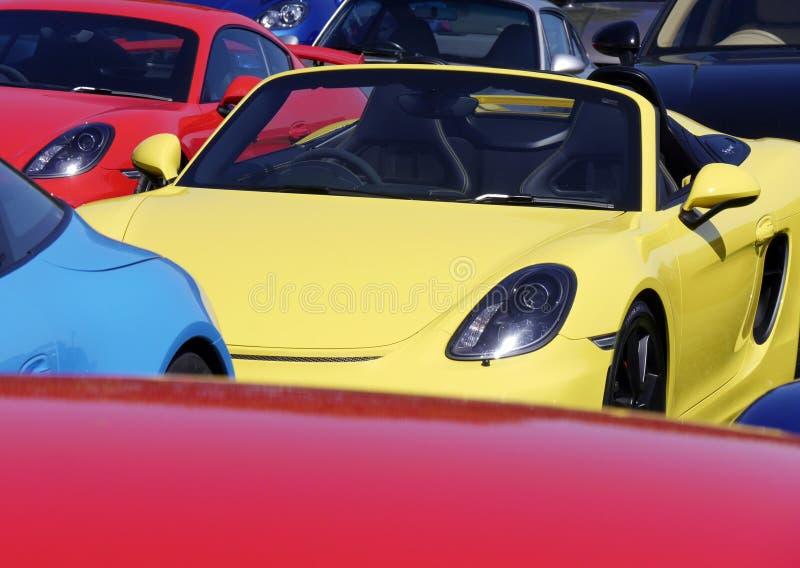Sportcars在停车场 免版税库存照片
