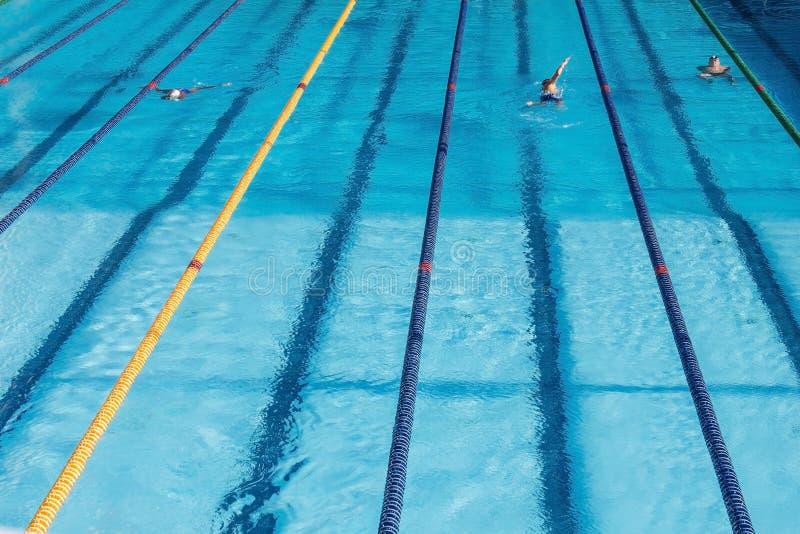 Sportenpool, opleiding royalty-vrije stock afbeeldingen