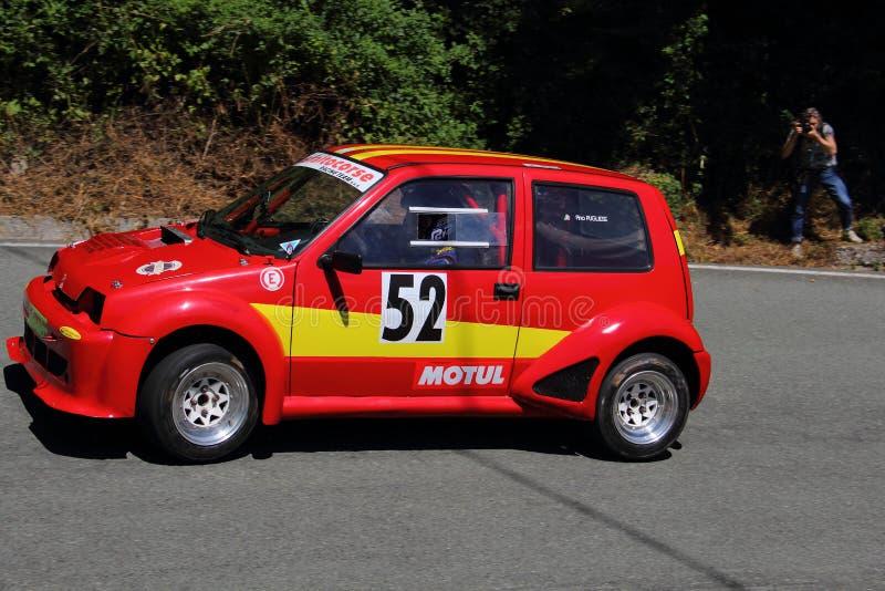 Sportief Fiat 500 stock afbeelding