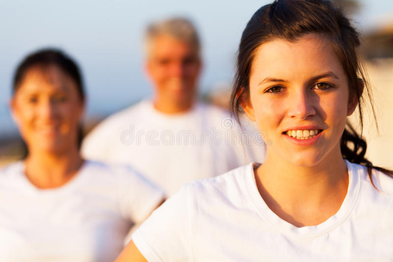 Sportief meisje in openlucht royalty-vrije stock afbeeldingen