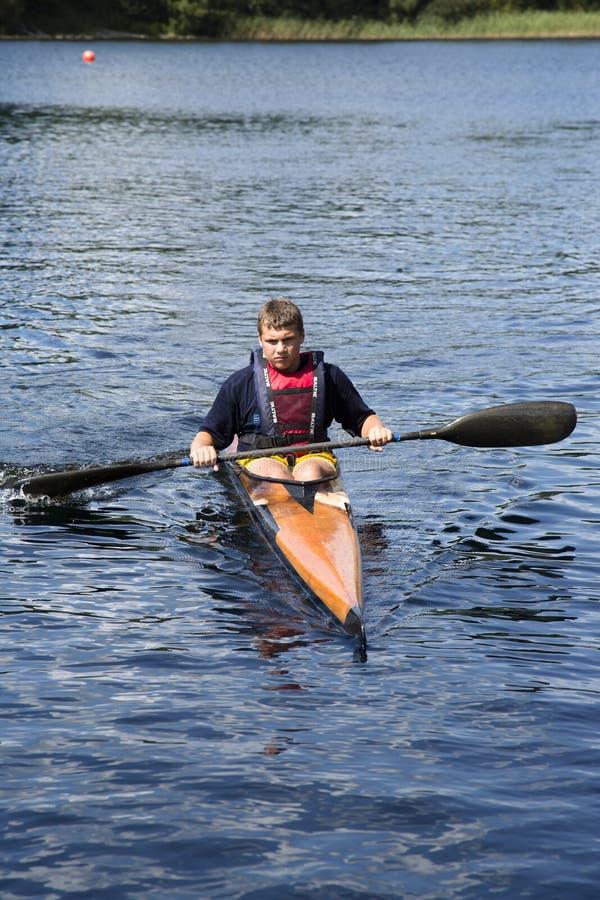 Sportieve competities op kajaks en kano royalty-vrije stock foto's